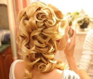 Свадебные прически на длинные волосы, свадебная прическа с крупными локонами на длинные волосы