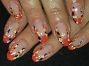 Оранжевый маникюр, цветной рисунок на ногтях на выпускной