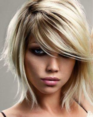 Жемчужно пепельный цвет волос, мелирование на светлые волосы в блонд-гамме