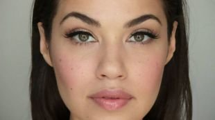 Быстрый макияж, дневной макияж для зеленых глаз и темных волос