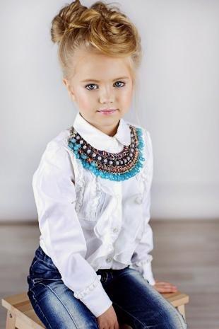 Цвет волос золотистый блонд, детский макияж на праздник