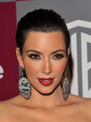 Голливудский макияж, выразительный макияж для брюнеток с карими глазами