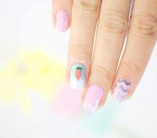Разный маникюр на ногтях, нежный маникюр с рисунком
