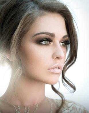 Свадебный макияж в серых тонах, обворожительный свадебный макияж для карих глаз