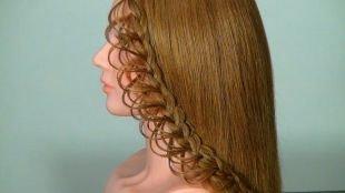 Причёски с распущенными волосами на длинные волосы, прическа с плетением - ажурная коса