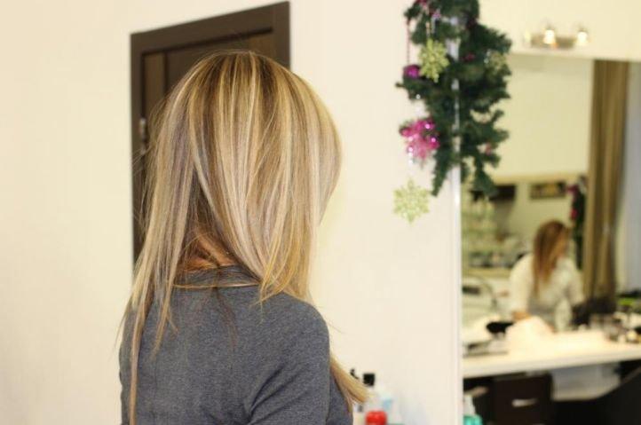Мелирование на светлые волосы
