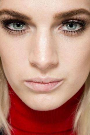 Макияж на 1 сентября, макияж на 1 сентября для блондинок