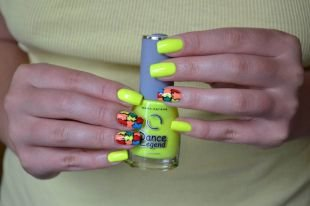 "Дизайн гелевых ногтей, яркий желтый маникюр ""пазлы"""