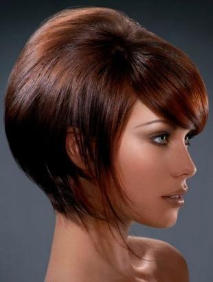 Коричнево рыжий цвет волос, вариант укладки тонких волос