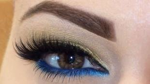 Макияж для больших карих глаз, макияж глаз с золотыми и синими тенями