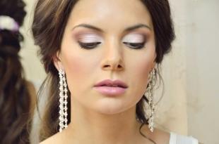 Свадебный макияж для круглого лица, праздничный макияж под белое платье