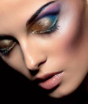 Авангардный макияж, роскошный вечерний макияж