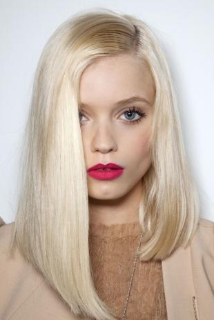 Цвет волос холодный блонд, серебристо-белый цвет волос