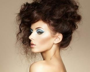 Макияж для зелено-голубых глаз, макияж серых глаз в синих тонах