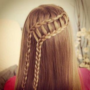 """Светло карамельный цвет волос, прическа на 1 сентября с косой """"французский водопад"""""""