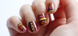Египетские рисунки на ногтях, этнический маникюр