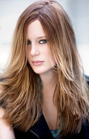 """Цвет волос шоколадный блондин на длинные волосы, окрашивание """"омбре"""" на каскадной стрижке"""