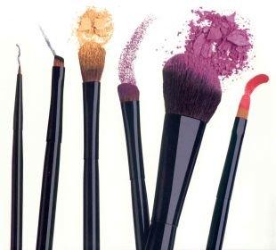Как выбрать кисти для макияжа: советы визажистов