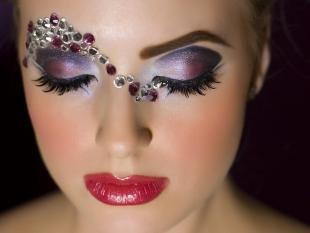Арабский макияж для серых глаз, макияж с камнями на фотосессию