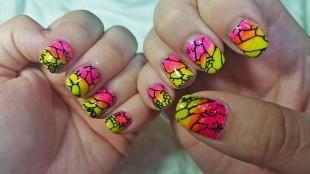 Осенние рисунки на ногтях, оригинальный градиентный маникюр