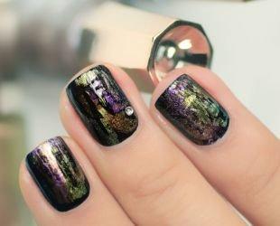 Маникюр на квадратные ногти, черный маникюр с разводами