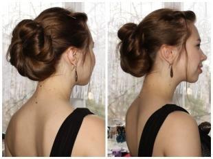 Темно шоколадный цвет волос на длинные волосы, прическа на выпускной для длинных волос - низкий объемный пучок