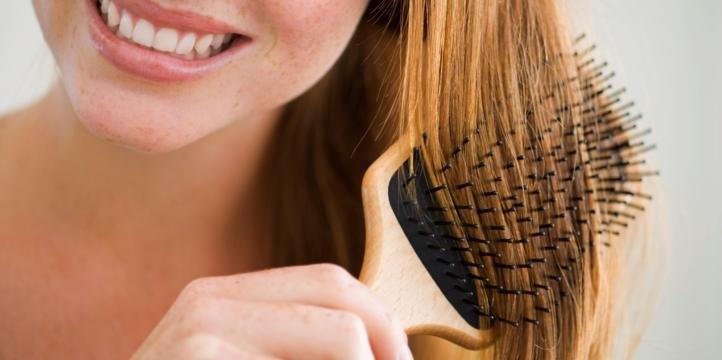 Как избавиться от электризации волос