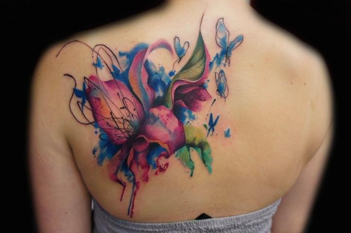 Татуировка для девушек - лилия